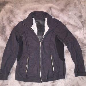 Lululemon light weights grey jacket size XS